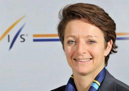 حفل استقبال الأمينة العامة للاتحاد الدولي للتزلج البريطانية ساره لويس