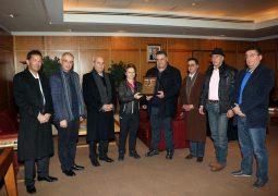وصول الأمينة العامة للاتحاد الدولي للتزلج على الثلج ساره لويس إلى بيروت