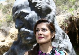 Salma Hayek visite Bcharri
