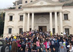 طلاب القلب الأقدس – كفرحباب يزورون بلدية بشري